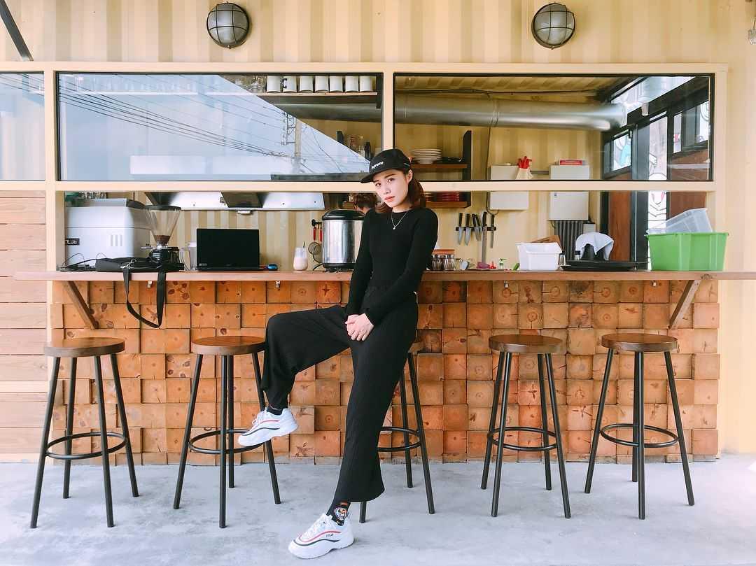 埔里早午餐 |肆盒院|網美熱愛的野餐風貨櫃屋