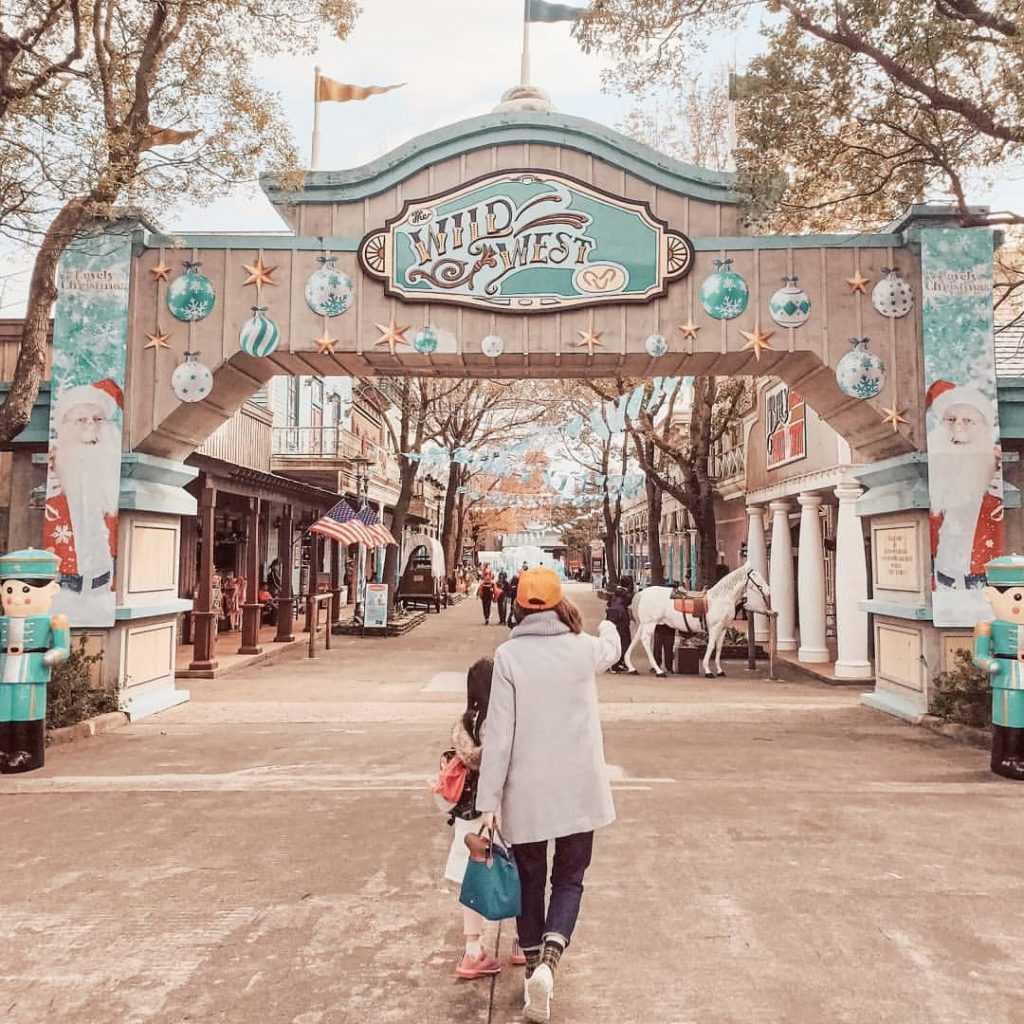 六福村-美國大西部-遊樂設施-入口大門-miliyahchien