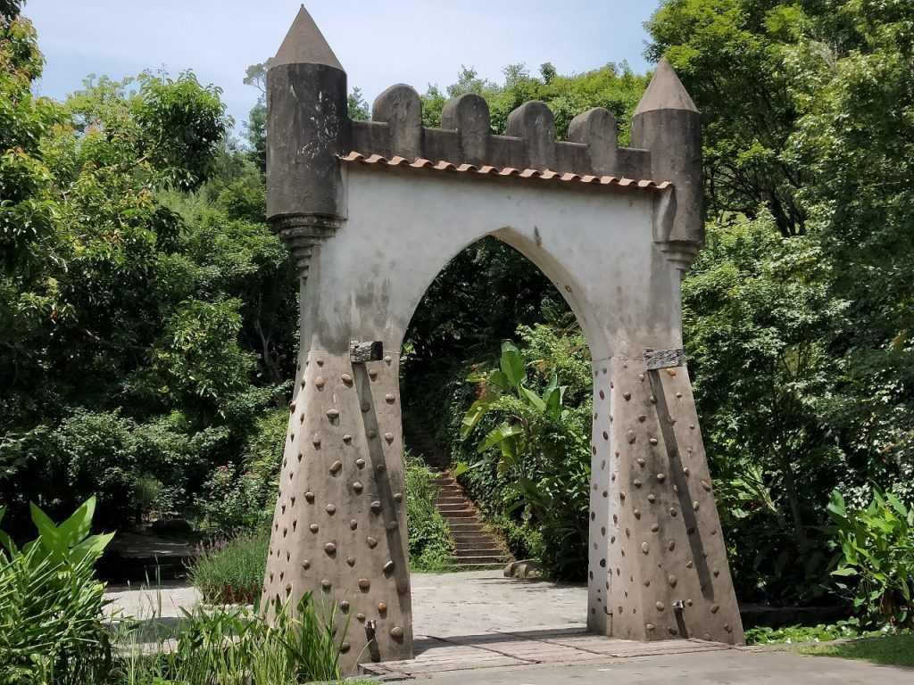 苗栗天空之城大門入口,帶有中世紀歐洲古堡風味