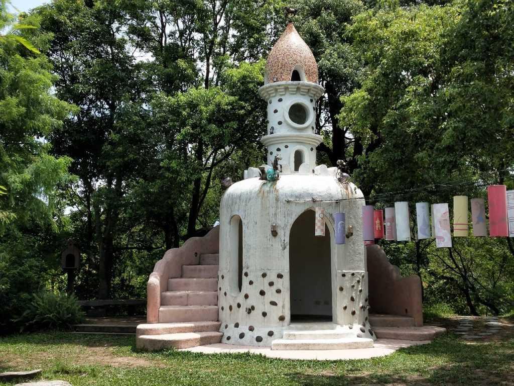 貓教堂 是苗栗天空之城中非常熱門的打卡景點