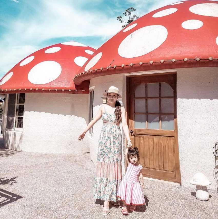 苗栗南庄景點|蘇維拉莊園|走入童話森林中,苗栗一日遊超好玩!《巨大蘑菇屋、精靈樹屋、侏儸紀恐龍》