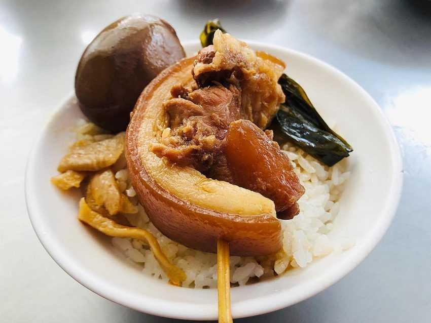 阿泉焢肉飯