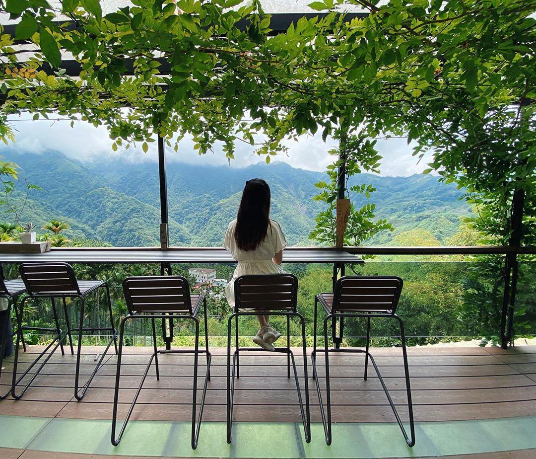 嘉義瑞里住宿|推薦 5 間瑞里特色民宿,遠眺群山層巒、享受雲海繚繞,還有季節限定紫藤花