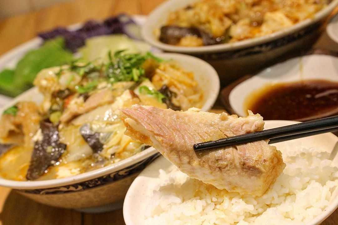 嘉義文化路美食特搜 | 精選6間嘉義文化路夜市必吃美食,在地人強力推薦《排隊美食、在地小吃、甜點飲料、火雞肉飯、沙鍋魚頭》