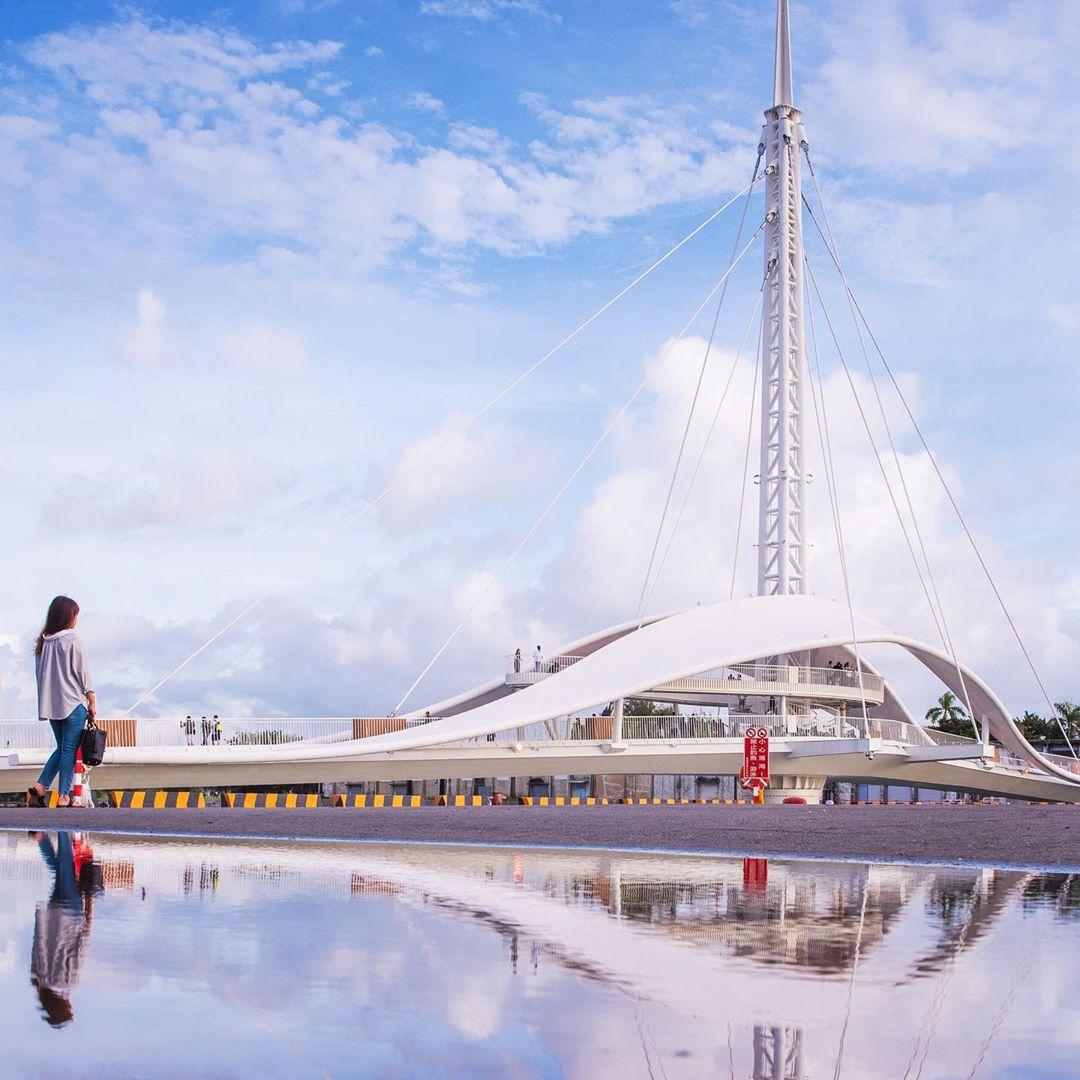 高雄大港橋 | 天使翅膀,全台首座水平旋轉橋,旋轉時間、鹽埕附近景點一日遊、美食、交通攻略