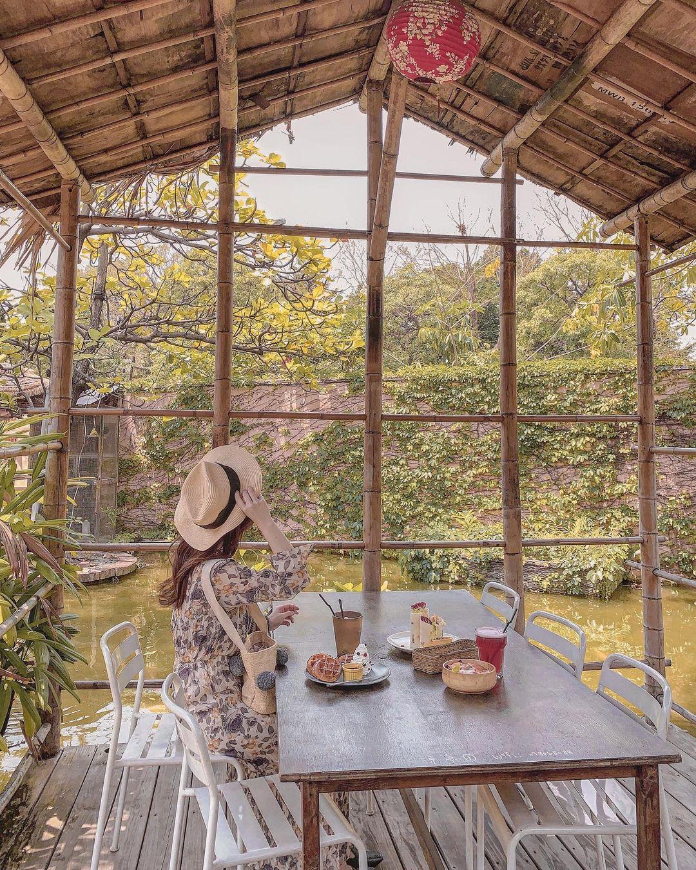 奧斯汀人文咖啡 | 【高雄小港】特色景觀餐廳,渡假風美景享受下午茶時光(必吃美食、附近景點整理)