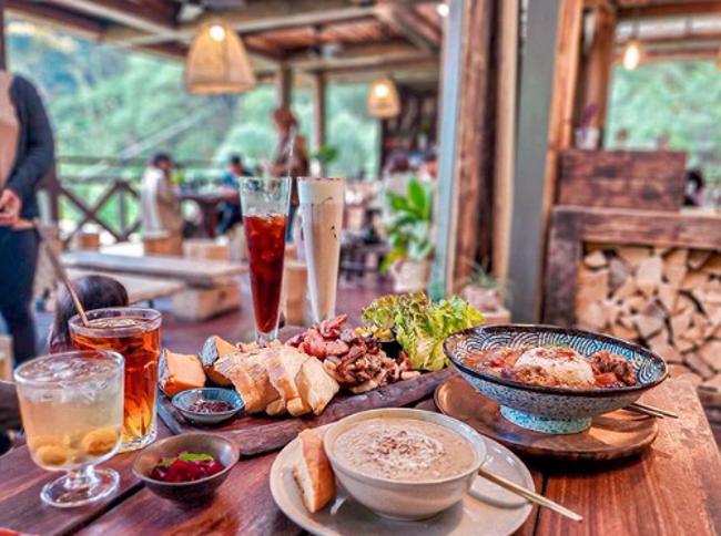 阿里山景觀餐廳 餐廳有質感,食物也是好吃又漂亮